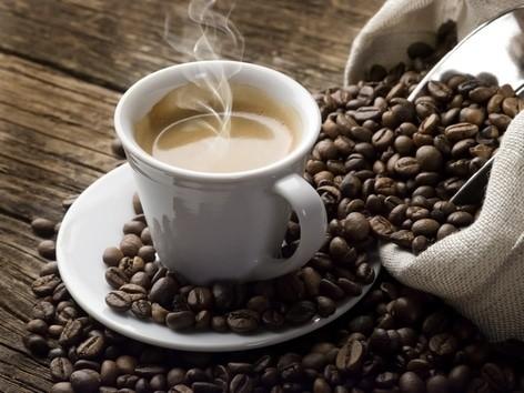 כדאי לצמצם צריכת קפה
